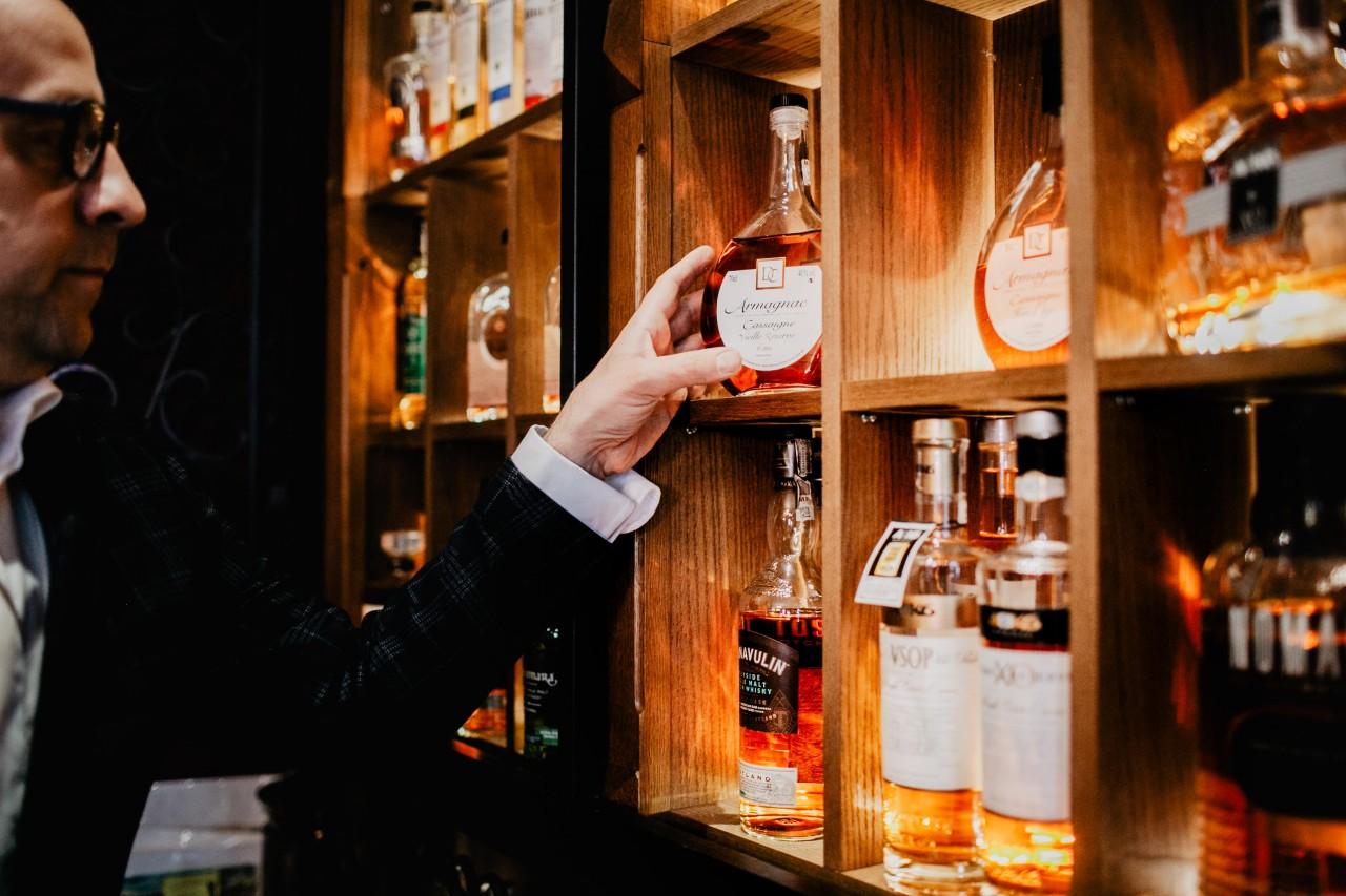 Czerwony Bar w stylu anglosaskim