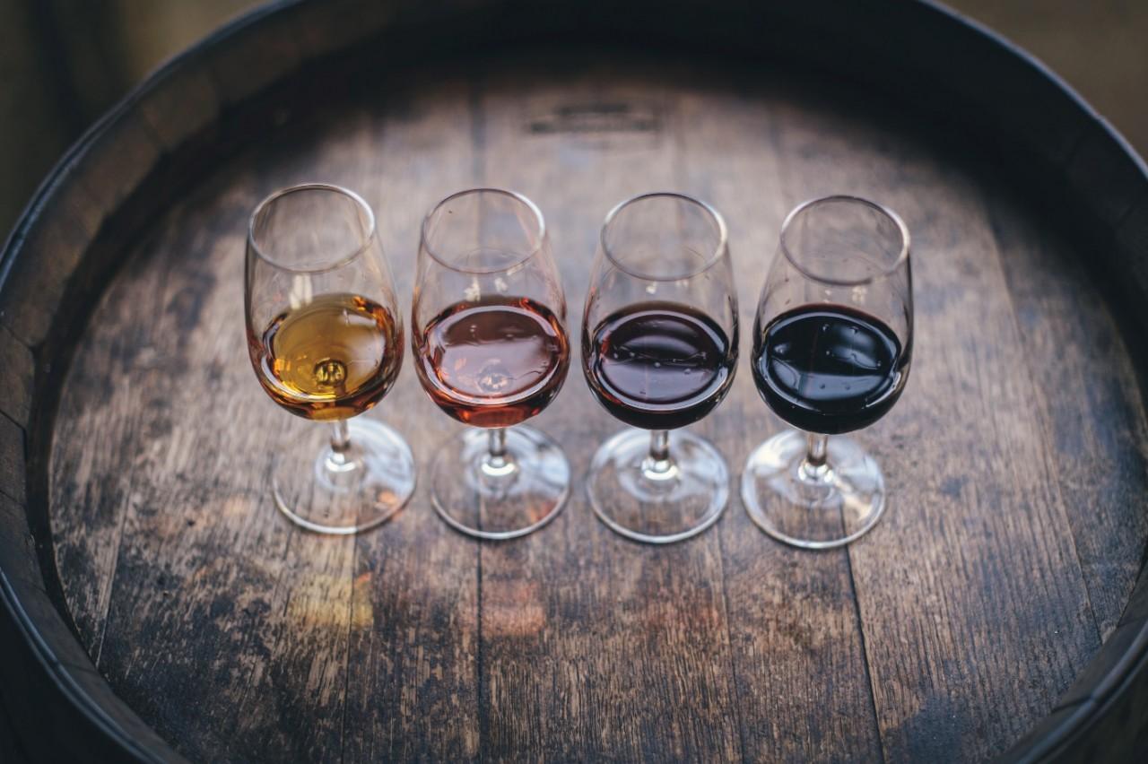Jak podawać wino